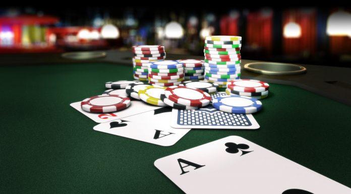 Online Web Poker